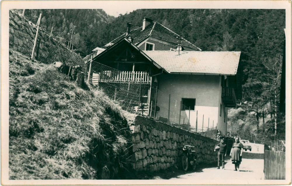 Haus der Familie Weger, Mühlbach